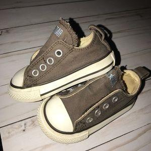 48eb39d479ff Converse Shoes - ⭐ Converse Size 4 Taupe Brown Velcro Shoes